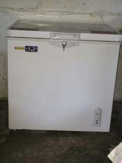 Hanabishi Chest freezer