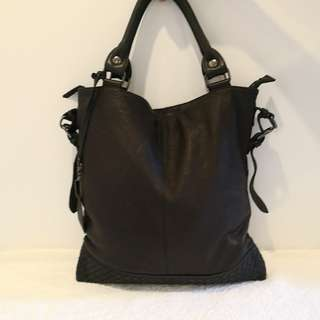 Unkle Very Soft Leather Unisex Tote Bag