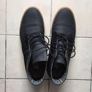Men's Chukka Shoes