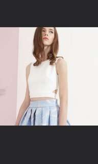 Cropped top with back tied ribbon