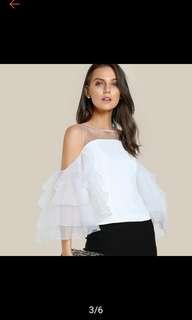 Ruffle sleeves zipper blouse. PO