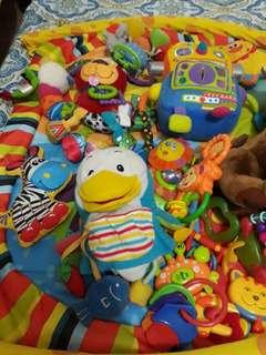Playmat and toys bundle
