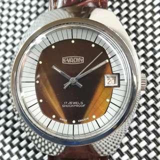 EVADIN 古董錶,極美品,60年代產物,原裝酒紅雙色面,無番寫,紅字日曆,17石上鏈機芯,已抹油,行走精神,塑膠上蓋,直徑35mm不連霸的,全新皮帶,淨錶$1100,有意請pm
