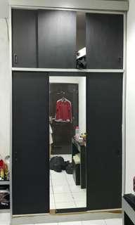 Preloved lemari pakaian 3 pintu