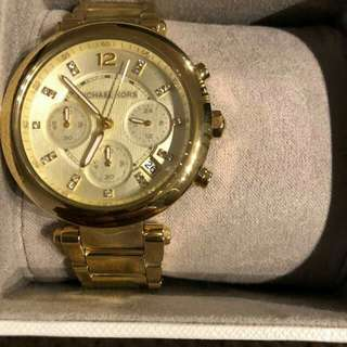 HOW ABOUT MICHAEL KORS WATCH?😉
