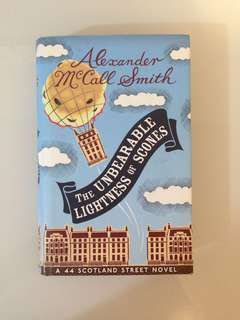 Alexander McCall Smith - The Unbearable Lightness of Scones