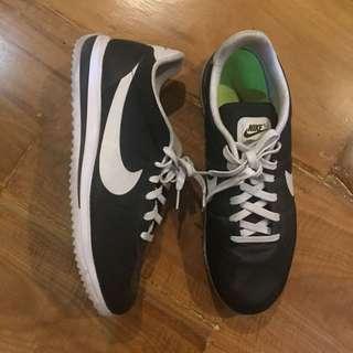Nike Cortez (black, US 10.5 men's)