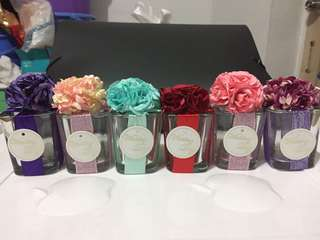 Let go 6 Glass Jar Decorated with Flowers Wedding Favors