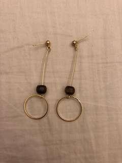🚚 木質球球垂吊式圓圈耳環 金
