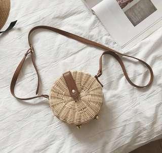 夏日熱帶沙灘必備竹編編織包