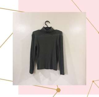 Forever21 army green turtle neck