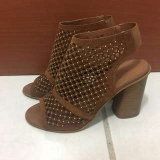 🚚 法國品牌 Andre 羅馬涼鞋 36號