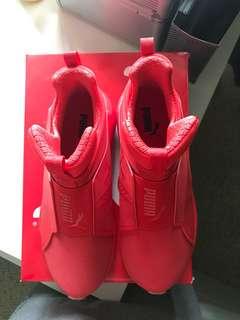 8.5 NEW fierce red puma shoes
