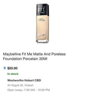 Maybelline Fit me Matte foundation in 110 Porcelain