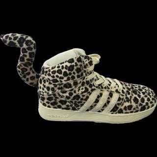 Preloved Leopard Skin Design
