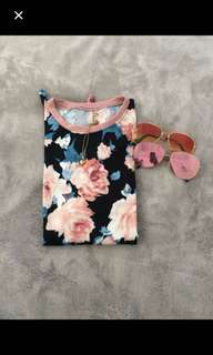 FLORAL TIE KNOT TOP
