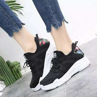 Fashion rubber shoes