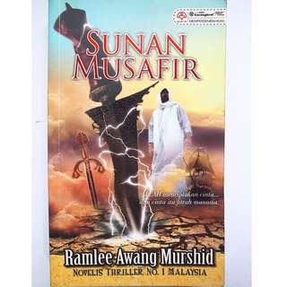 Sunan Musafir by Ramlee Awang Mirshid