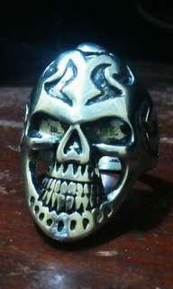 Cincin Skull titanium super