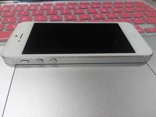 RUSH SALE! iPhone 5 32gb