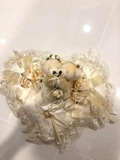 Wedding ring cushion with Bears