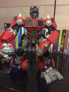Optimus Prime Transformers-can't transform