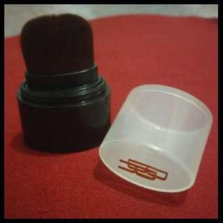 Black radiance liquid foundation brush