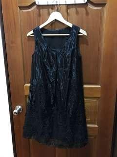 🚚 黑色無袖背心裙