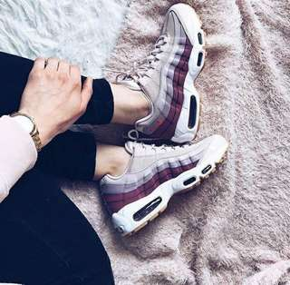 🚚 NIKE W Air Max 95 粉紫玫瑰
