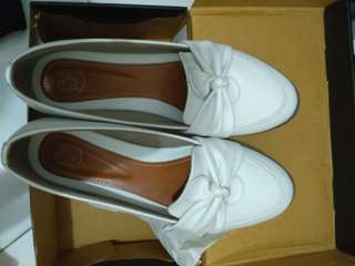 13th shoes white