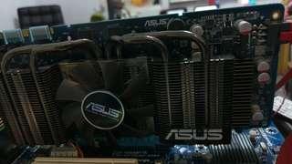 🚚 送咖啡 華碩 GOFORCE GTS 250 1G PCI-E 顯示卡 雙風扇 6PIN 電源 給 lxxxxio 用