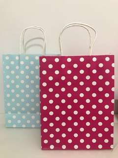 Colorful Dotted Kraft Paper Twisted Handle Paper Bag