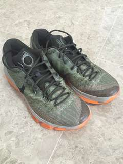 Willing to trade/sell my KD 8