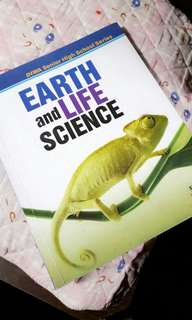 Earth and Life Science by DIWA textbooks
