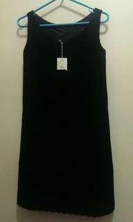 日本 Strawberry-Fields 黑色連身裙