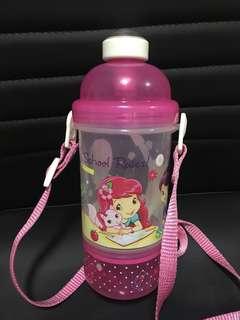 Strawberry shortcake straw water bottle