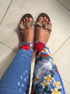 Sandal pita bata