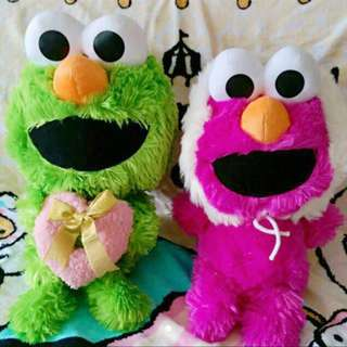 Pair of 28-30cm Sesame Street Elmo plush plushie soft toy