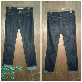 Celana jeans by skinny fit