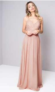 🚚 Chi Chi London Lennah Dress