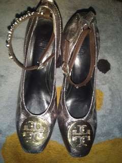 Preloved Tory Burch shoes size 6