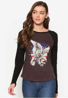 Factorie eagle raglan top