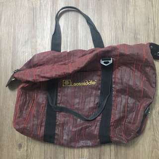 Red Laosmiddle bag/ 深紅色手提袋/旅行袋
