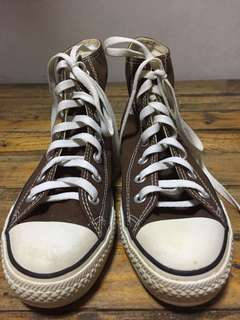 Brown Hi-Cut Converse
