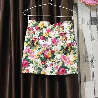 Flower Skirt / Rok Bunga-Bunga