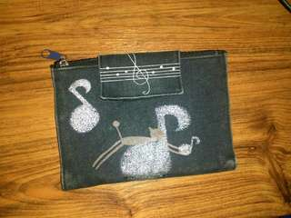 Cat with Musical Notes Pouch