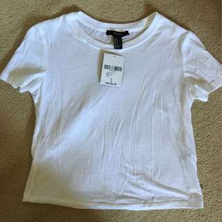 Forever 21 White Basic Cropped Tee