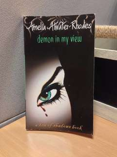 Amelia Atwater-Rhodes Demon in My View (Den of Shadows)
