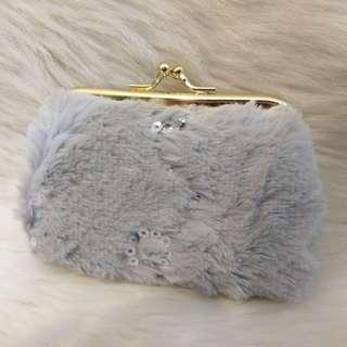 口金包 錢包 小包 零錢包 收納包 口紅包 化妝包 隨身 方便 攜帶 生活 實用 包包 手提 手拿 毛毛
