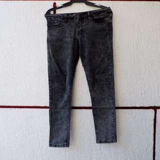 Forever21 washed denim skinny fit